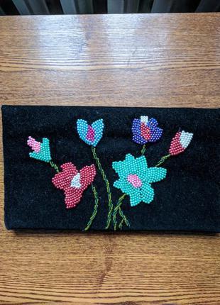 Сумка клатч ручной работы с вышивкой бисером