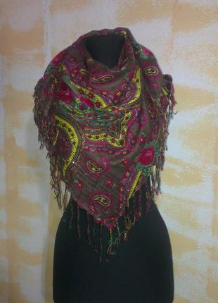 Фирменный,  платок в этно стиле
