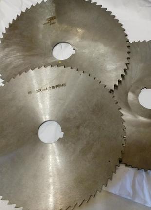 Фрезы дисковые отрезные, прорезные  D 200х4,0х32     тип-2  Z-64