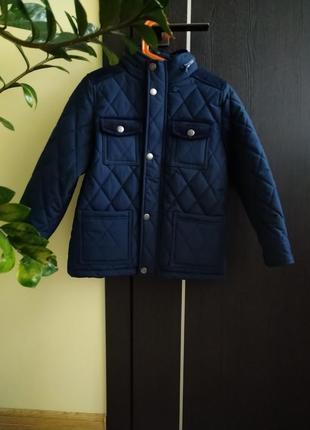 Дууже якісна, тепла і красива курточка!!! нова))