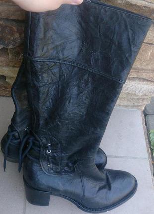 Чорні чоботи шкіра р37 keys ззаду завязка