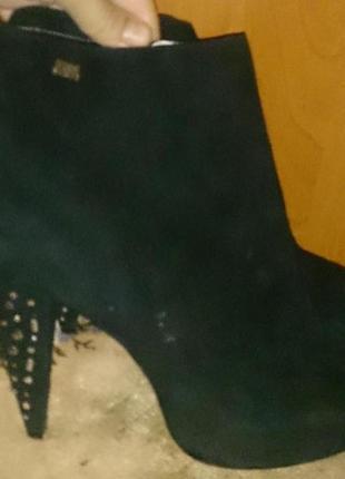 Чорні стильні босоніжки замша р41 miss sixty