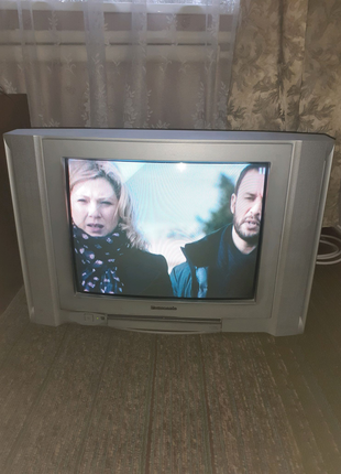 Продам телевизор рабочий!