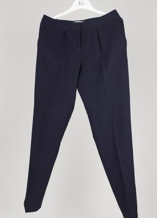 Тёмно-синие классические брюки делового стиля