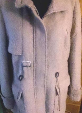 Тепле бежеве пальто adolfo dominguez l іспанія
