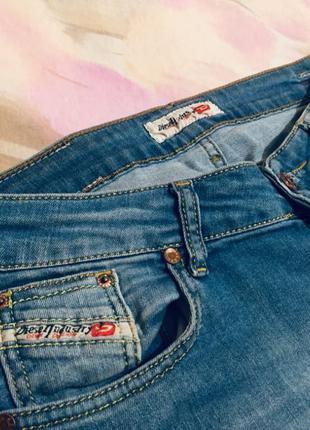 Джинсы Diesel / женские джинсы трубы