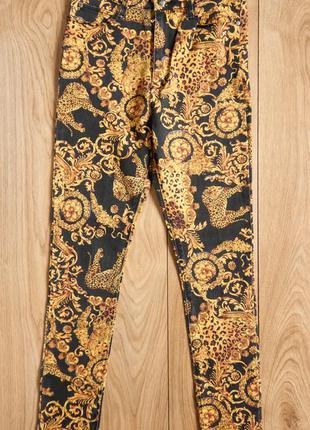 Minkpink жіночі джинси. барокко та леопард узор. в стилі верса...