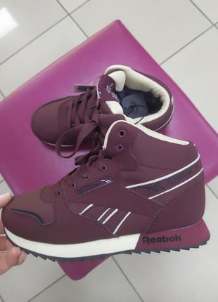 Женские ботинки кроссовки зимние