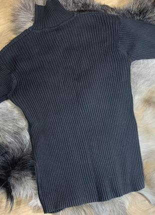Мужской чёрный гольф свитер