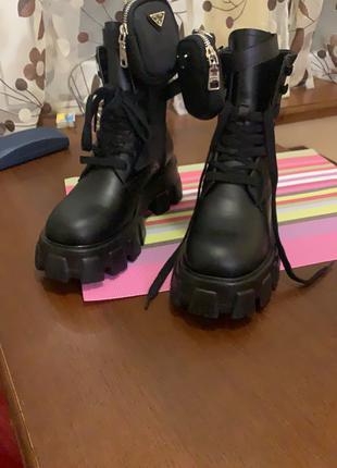 Продам нові шкіряні жіночі черевики