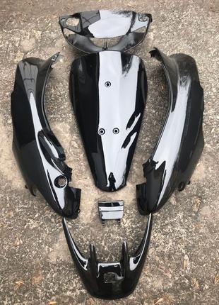 Комплект пластика на скутер Honda Dio AF35
