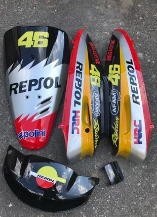 Комплект пластика на скутер Honda Dio AF27