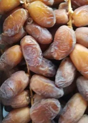 Алжирские финики на ветке, без консервантов