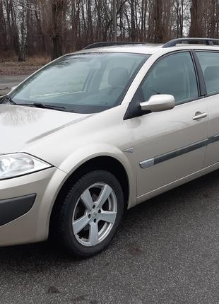 Renault Megane 2006. Без подкрасов.