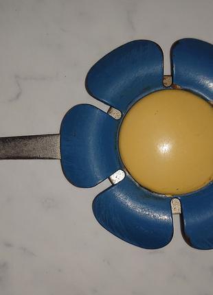 Вешалка на гвоздик для полотенец