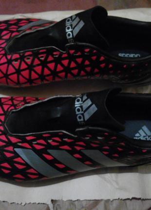 Бутсы Adidas .