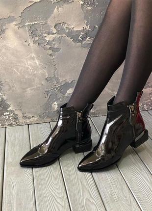 Ботинки демисезонные  angelo vani натуральная лаковая кожа,осе...