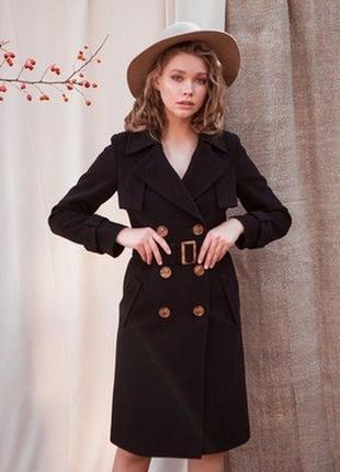 Элегантное черное пальто  демисезон