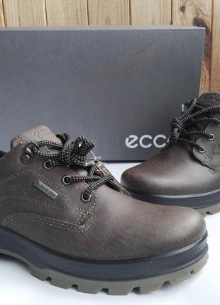 Кожаные стильные полуботинки ecco rugged track на мембране gor...
