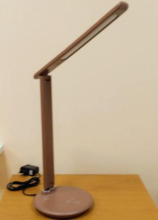 Светодиодная настольная лампа с сенсорным управлением и перекл...