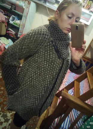 Шикарная кофта пальто италия