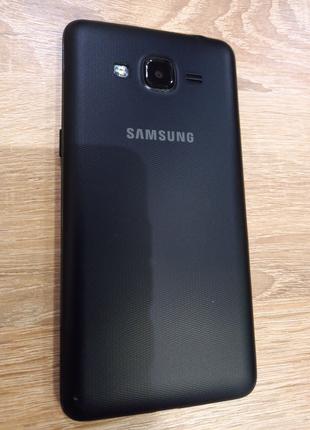 Смартфон Samsung Galaxy J2 Prime, лёгкое б/у