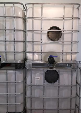 Еврокуб 1000л диаметр горловины 200мм. Пластик п.э., чистые, б.у.