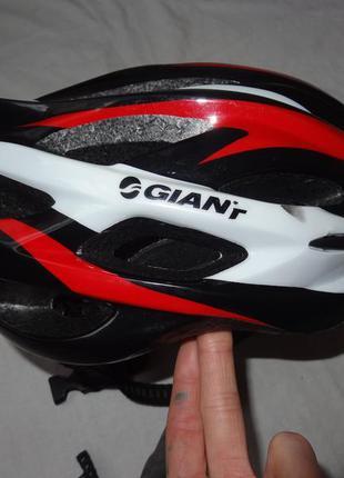 Велошлем giant