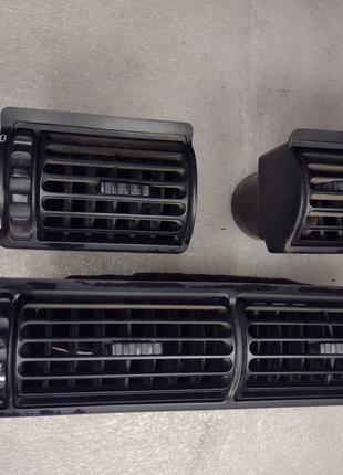Воздуховод BMW 3 E30 дефлектор БМВ Е30 воздуховоды