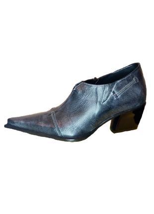 Шкіряні туфлі козаки Escada, синій джинс, розмір 37