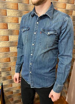 Джинсовая мужская рубашка levi's
