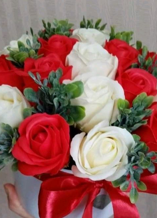 Букет - подарок в Валентинов день, 8 марта, цветы из мыла