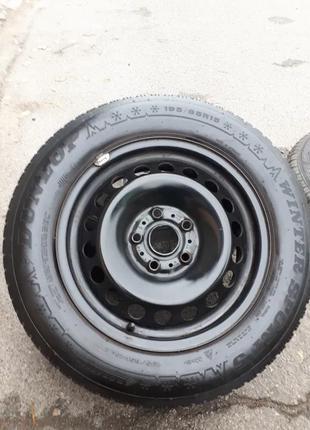 """Зимние шины и диски VW 15"""" 5 x 112 и шины 195 65 r15 DUNLOP"""