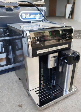 Кофемашина кофеварка DeLonghi ESAM 6850 M PrimaDonna Exclusive