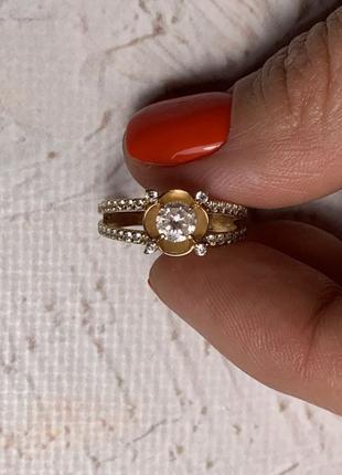 Золотое кольцо женское 585 проба 17 размер