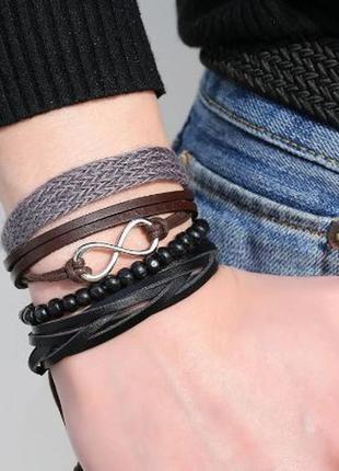 Многослойный браслет на руку