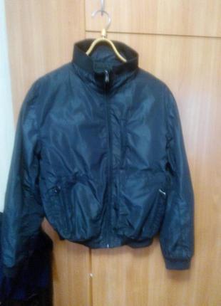 Мужская куртка (ветровка )