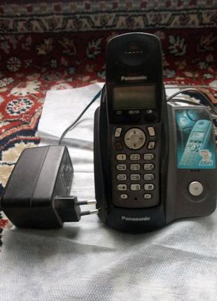 Стационарный телефон Панасоник.