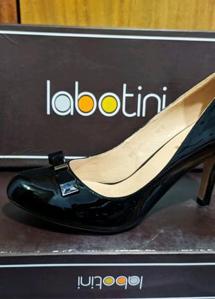 Женские туфли, кожа лак