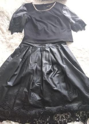 Шикарный костюм из эко кожи размер 42