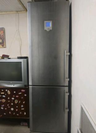 Холодильник Liebherr CBNes 38570 серебристый премиум класс Либхер