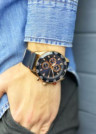 Стильные наручные часы Guardo