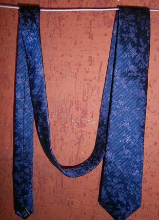 Красивый галстук цветы полоска шелк