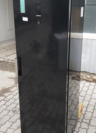 Однокамерний холодильник GORENJE R 6193 LB 185см черный А++