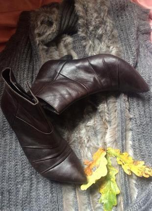 Трендовые кожаные ботильоны полусапоги ботинки с узким острым ...