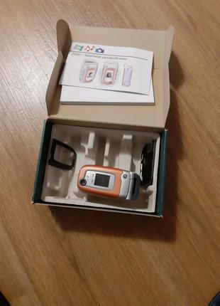 Мобильный телефон Sony Ericsson z520i