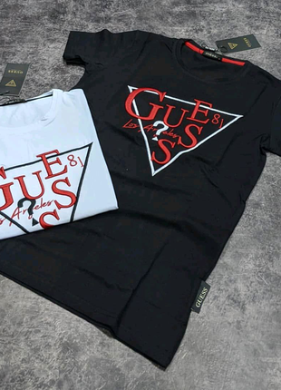 Брендовая футболка GUESS