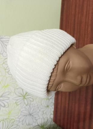 Женская новая белая шапка с отворотом. вязаная двойная шапочка