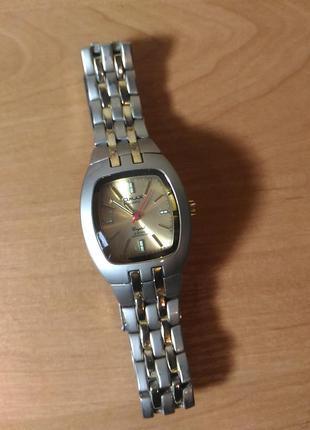 Наручные мужские часы omax япония