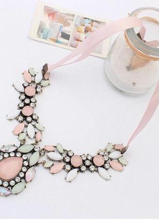 Колье подвеска ожерелье массивное большое цветок камни стразы